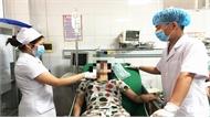 Tích cực điều trị cho 5 nạn nhân bị ngạt khói do cháy nhà tại Nghệ An