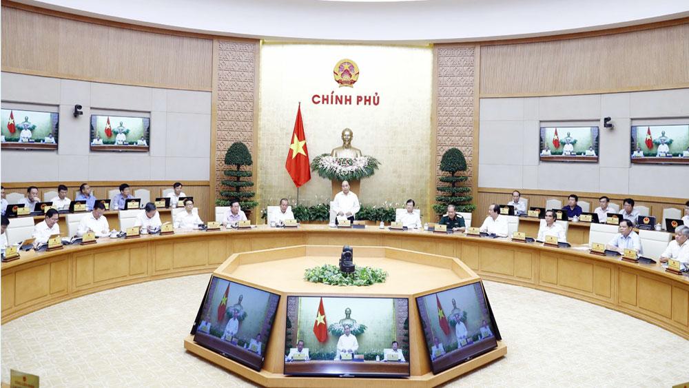 Thủ tướng Nguyễn Xuân Phúc: Bức tranh vĩ mô tiếp tục có chiều hướng tốt