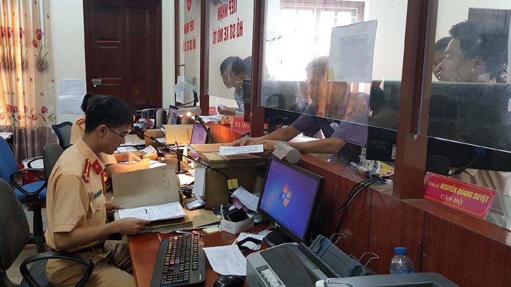 Bắc Giang, 7 tháng, Cấp mới gần 7000 phương tiện.