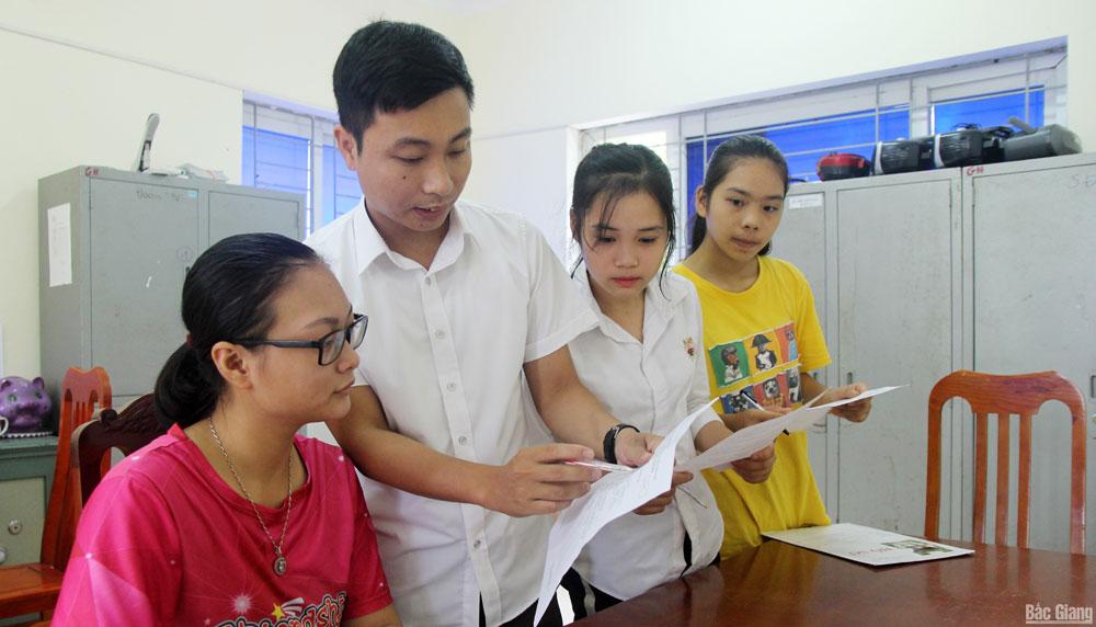 Thi THPT quốc gia 2019, Trường THPT Giáp Hải, giáo dục, điều chỉnh nguyện vọng, Bắc Giang