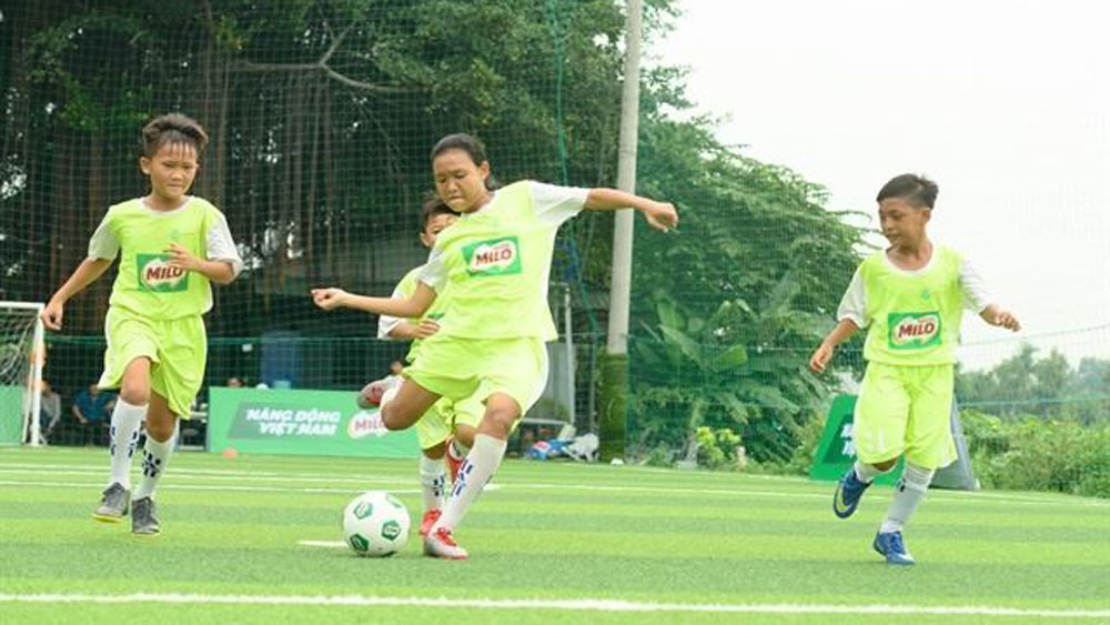 Eight young Vietnamese footballers play in 1st Milo Champions Cup in Spain
