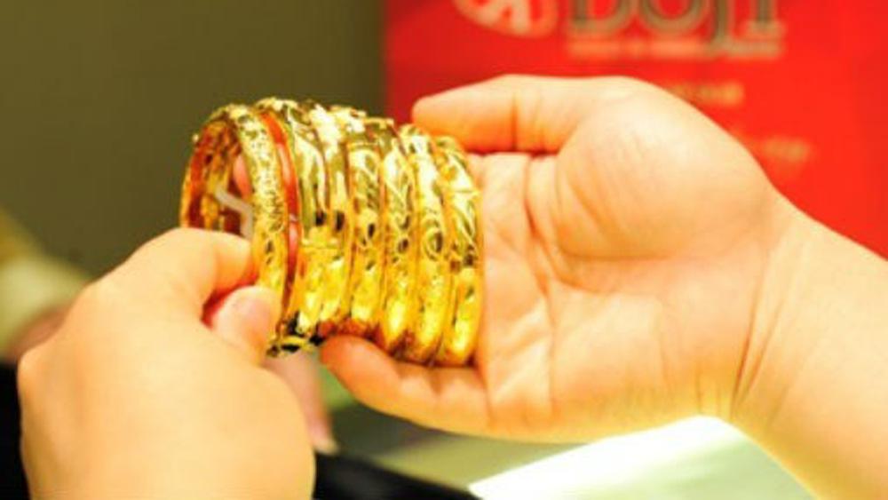 Giá vàng hôm nay (4-8), đỉnh cao kỷ lục 6 năm qua