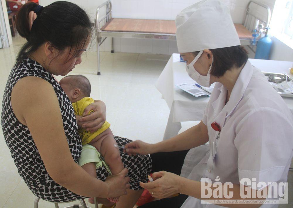 vắc-xin, 5 trong 1, phòng bệnh, trẻ em, Bắc Giang