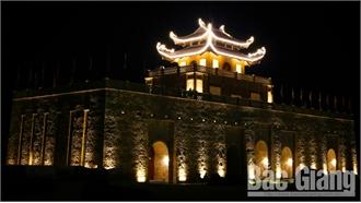 Quảng trường Tây Yên Tử