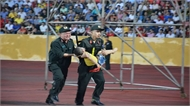 Biểu dương các chiến sĩ cấp cứu kịp thời cháu bé tại sân Thiên Trường