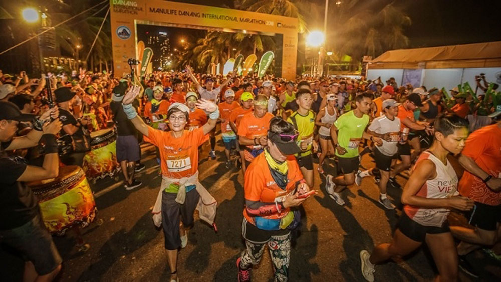 9,000 runners, Da Nang International Marathon 2019, Da Nang city, magnificent running courses, Because I love Da Nang