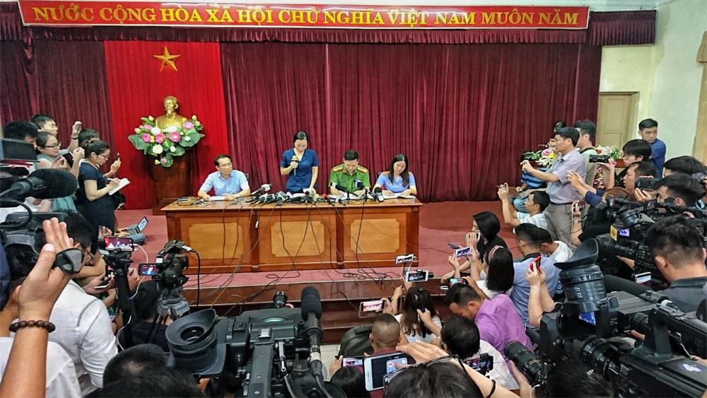 Vụ học sinh Trường Tiểu học Quốc tế Gateway tử vong, khởi tố, vụ án Vô ý làm chết người, cháu Lê Hoàng Long