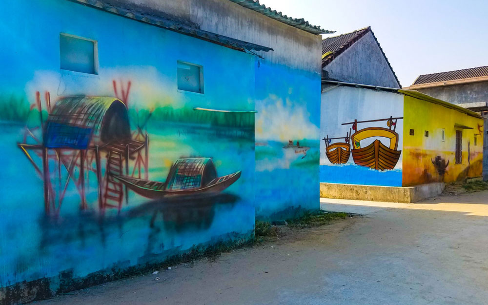 Village, mural paintings, Tam Giang lagoon, wild beauty, peaceful lagoon, colourful paintings, eco-tourism, friendliness and hospitality