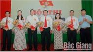 Thí sinh Nguyễn Thị Thúy Hằng giành giải Nhất Hội thi báo cáo viên giỏi Đảng bộ Công ty CP Phân đạm và Hóa chất Hà Bắc