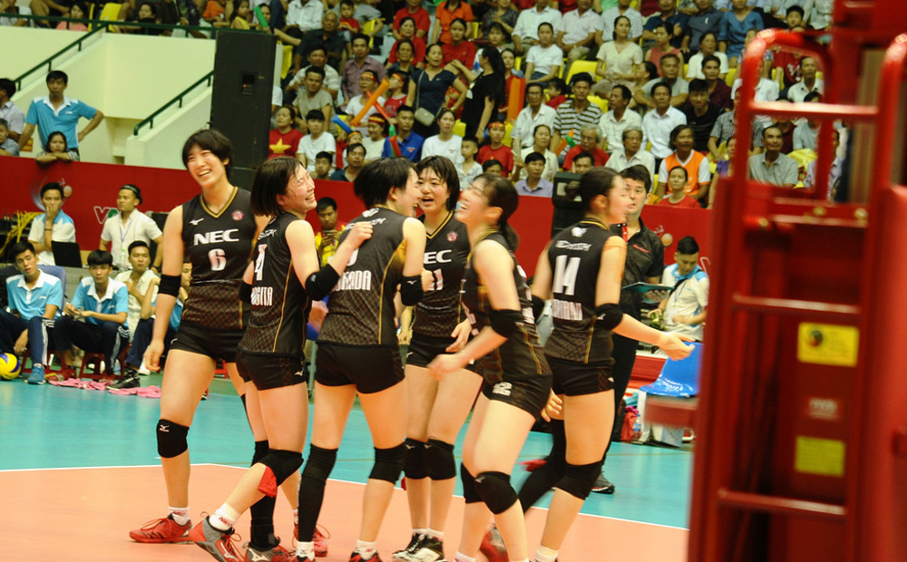 Giải bóng chuyền nữ quốc tế Cúp VTV, Vô địch, Bỏ lỡ cơ hội, Tuyển bóng chuyền nữ VN, Quảng Nam