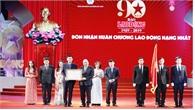 Thủ tướng Nguyễn Xuân Phúc dự Lễ kỷ niệm 90 năm Báo Lao động xuất bản số báo đầu tiên