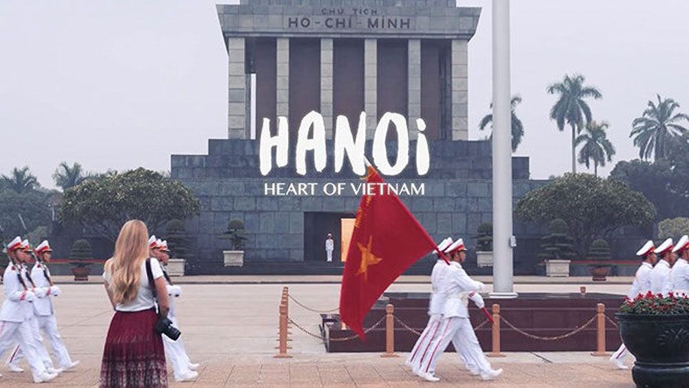Short films, Hanoi, CNN, US's Cable News Network,  Hanoi Tourism Department, natural beauty,  tourism promotion, memorandum of understanding