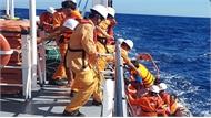 Cứu sống 6 người trên tàu bị chìm gần quần đảo Hoàng Sa