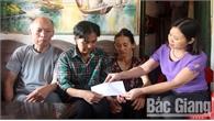 Một phụ nữ Bắc Giang trở về sau 28 năm lưu lạc ở Trung Quốc