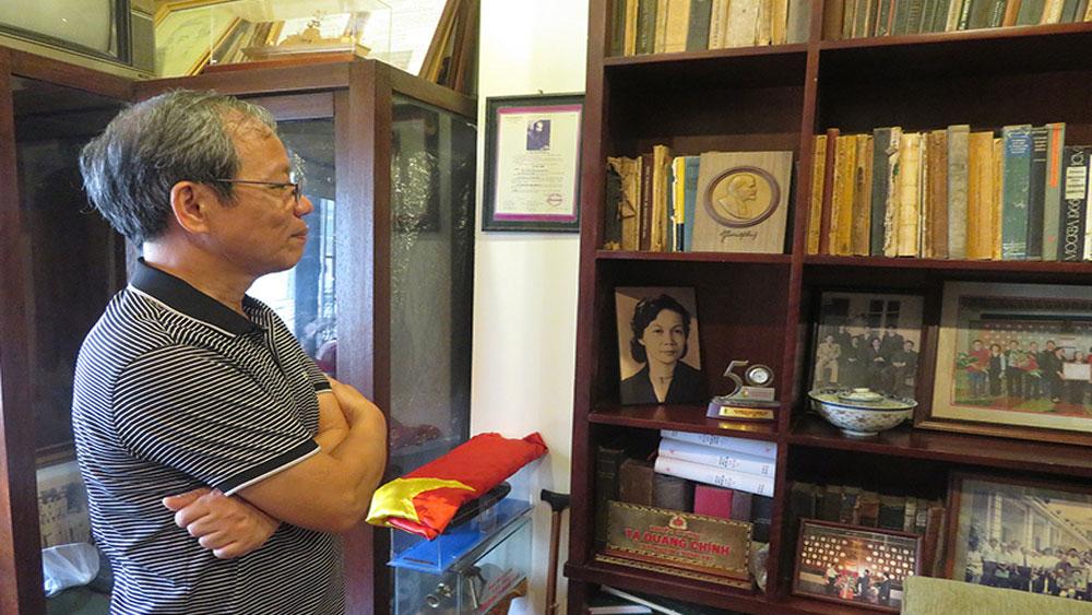 Cuốn sổ tang Bác Hồ, cố Bộ trưởng Tạ Quang Bửu, Bác Hồ