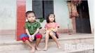 Chị em bé Hương bị mắc bệnh máu huyết tán được giúp đỡ gần 40 triệu đồng