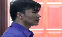 Kẻ giết cô giáo ở TP Hồ Chí Minh ngất xỉu khi lĩnh án