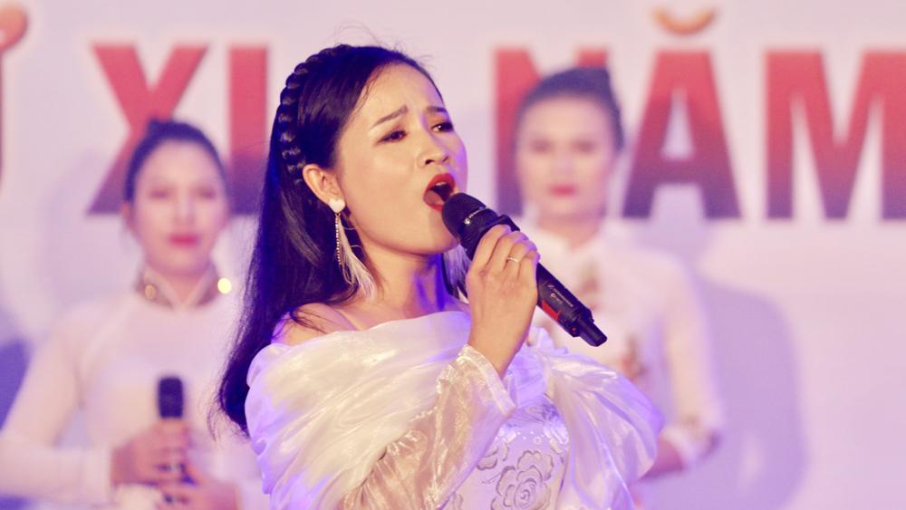 """Tiết mục """"Trái tim người lính"""" tại Hội diễn Nghệ thuật quần chúng Công an tỉnh Bắc Giang."""