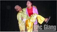 Diễn viên Anh Tuấn (Nhà hát Chèo Bắc Giang) được phong tặng danh hiệu Nghệ sĩ ưu tú