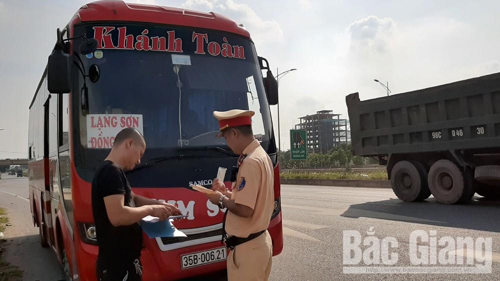 Cảnh sát giao thông Bắc Giang, cao điểm tổng kiểm soát xe ô tô, mô tô, xử lý nhiều ô tô vận tải khách vi phạm