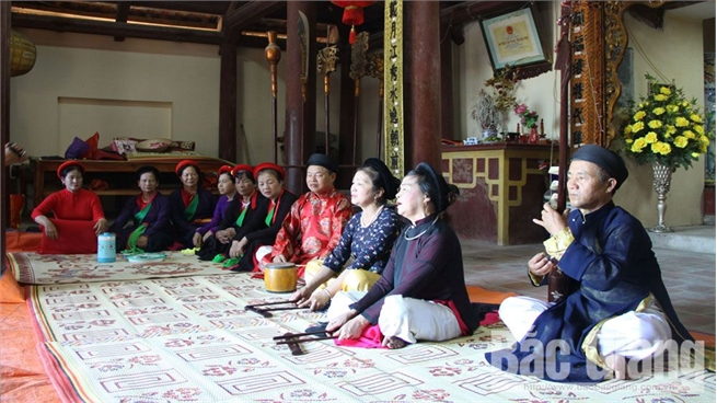 Ca tru singing in Phuong Hoang land