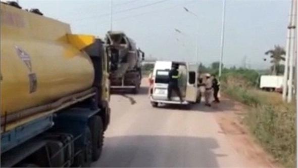 Không có việc cảnh sát giao thông nổ súng ngăn xe vi phạm trên cao tốc Hà Nội - Bắc Giang