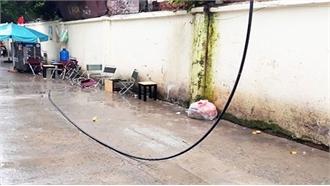 Bị tử vong khi ngồi uống cà phê do dây điện rơi trúng người