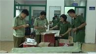 Thu giữ hơn 4.000 bánh Trung thu trứng mang nhãn mác Trung Quốc