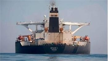 Siêu tàu dầu Iran rời Gibraltar trong đêm