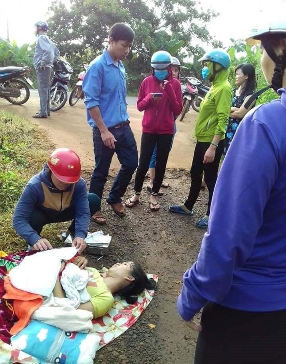 Sản phụ sắp sinh con, bị tài xế đuổi xuống xe giữa đường, cháu bé đã tử vong, Trạm y tế xã Thống Nhất