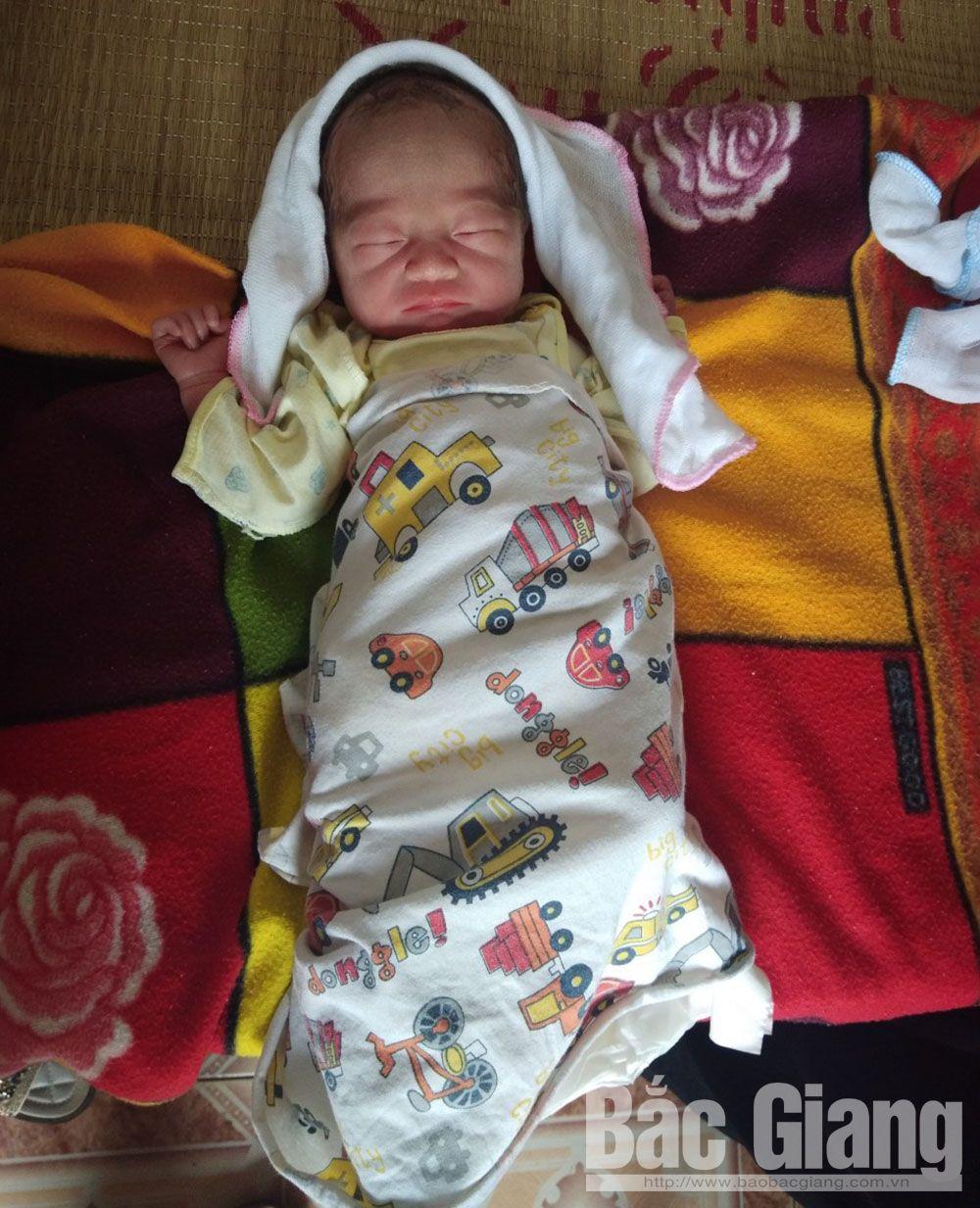 Bắc Giang, bé gái bị bỏ rơi ở thôn Tây, xã Tiên Lục