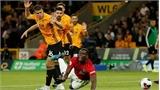 Man Utd đánh rơi chiến thắng trên sân Wolves