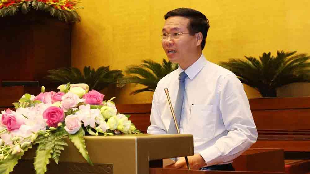 Tiếp tục đưa việc học và làm theo tư tưởng, đạo đức, phong cách Hồ Chí Minh vào chiều sâu