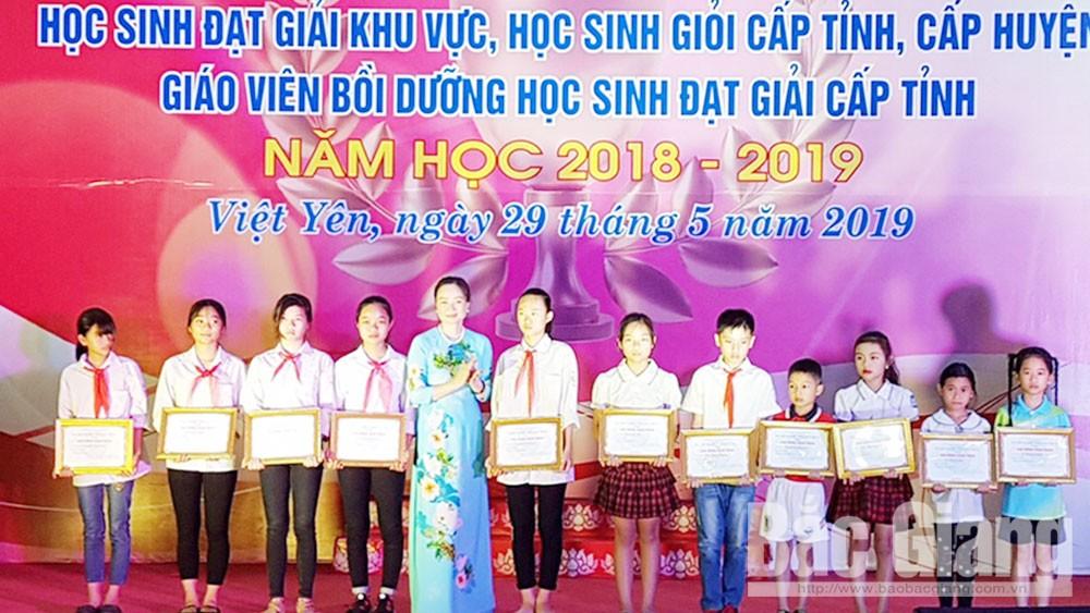 Việt Yên, Bắc Giang, giáo dục và đào tạo, tuyên dương, khen thưởng, khuyến học, khuyến tài