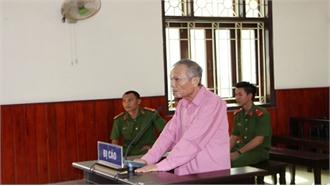 Bình Định: Phạt tù 4 năm lái xe Lexus tông vào đám tang