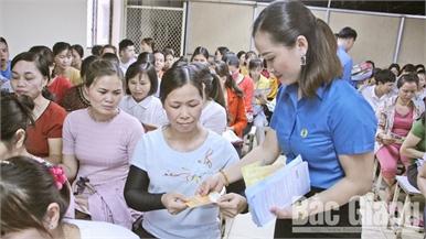 Chăm sóc sức khỏe sinh sản cho công nhân: Chú trọng cung ứng  dịch vụ thường xuyên