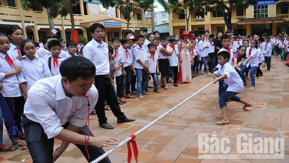 Many schools in Bac Giang to stop back-to-school balloon release