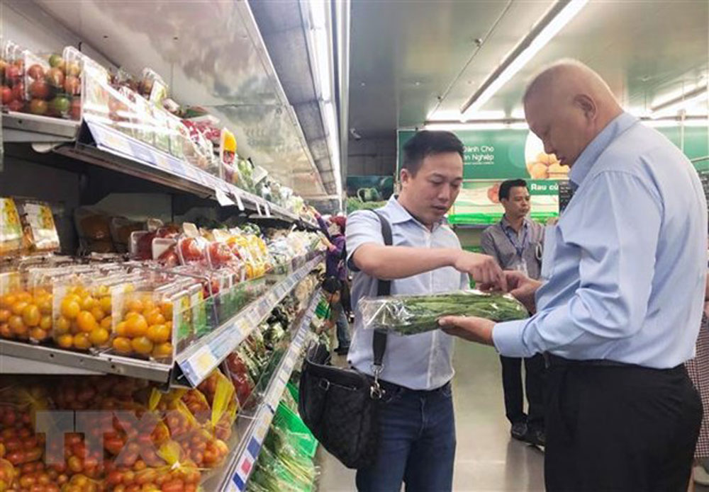 Vietnamese farm produce, exports to Singapore, Mega Market Vietnam, cooperation agreement, Singaporean market, memorandum of understanding