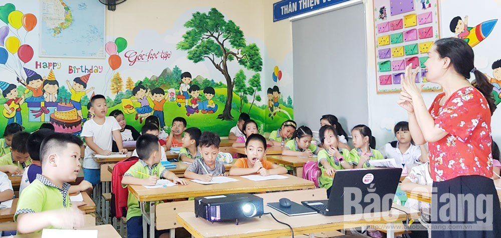 Bac Giang city, Spacious and beautiful schools, new academic year, Bac Giang province, national standard school criteria,  teaching and learning requirements