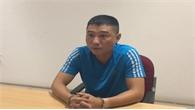 """Tạm giam gã đàn ông bị tố """"biến bạn gái thành nô lệ tình dục"""" ở Long Biên"""