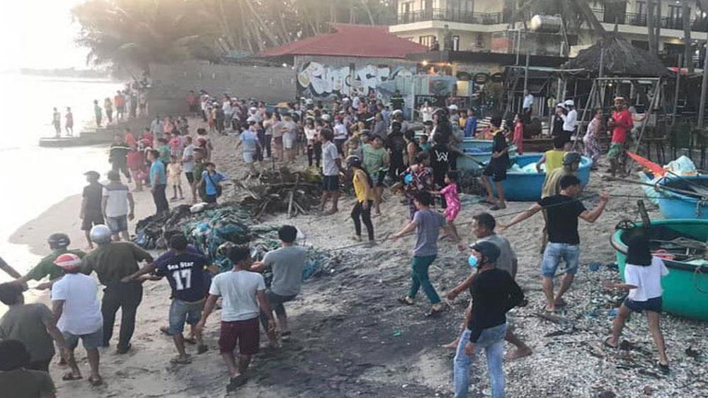cứu hộ kịp thời,  chết đau thương, mất tích trên biển Mũi Né