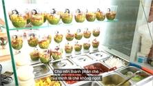 Quán chè hạt đác ở TP Hồ Chí Minh bán gần 1.000 ly mỗi ngày