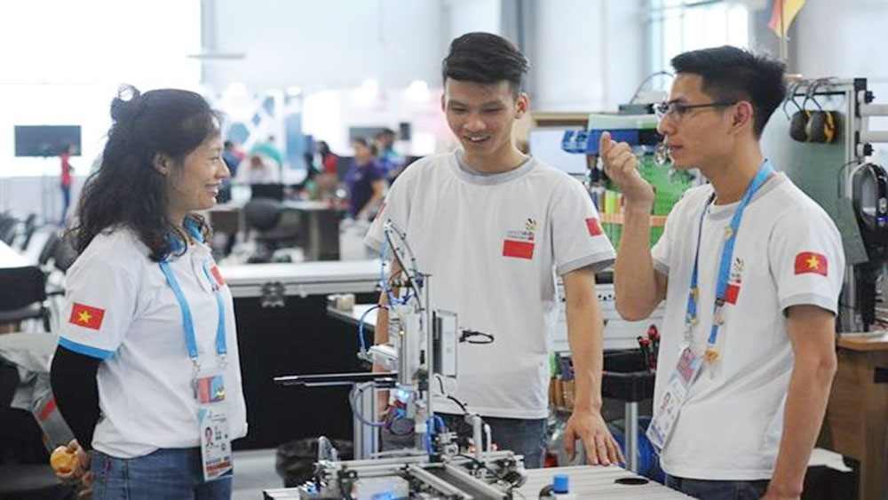 Vietnam competes in 45th World Skills Competition