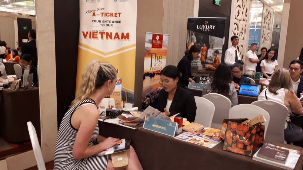 Hanoi, tourism connecting event, Australian partners, tourist destinations, fact-finding trip, tourist markets