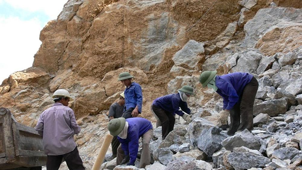 Ba công nhân, bị đá đè thương vong, Quảng Trị, mỏ đá Minh Hưng, ông Trần Tâm