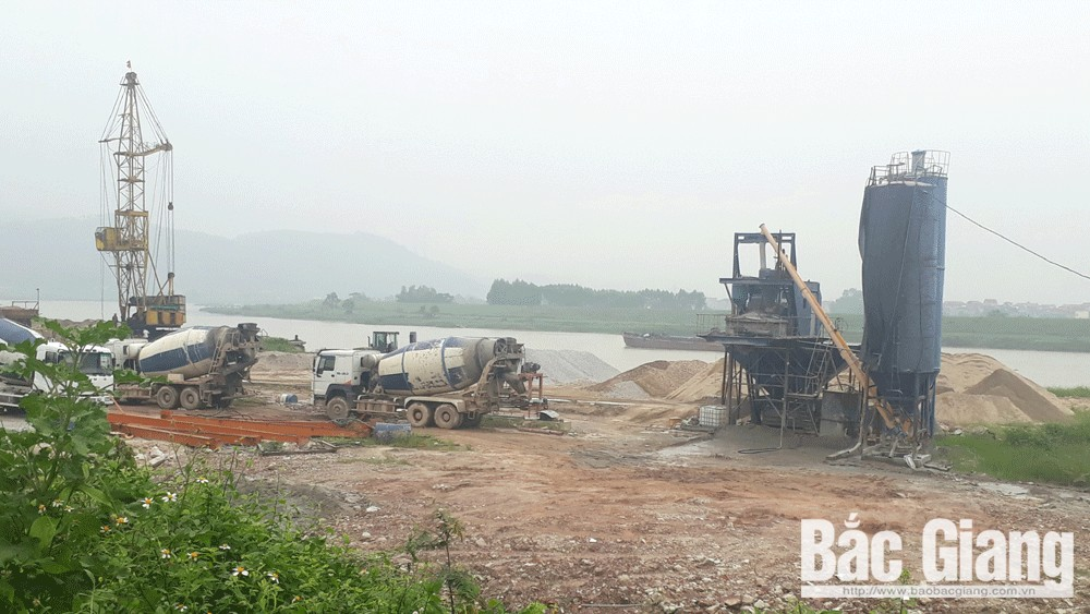 Xử lý nghiêm doanh nghiệp xây dựng trạm trộn bê tông trái phép tại xã Quang Châu