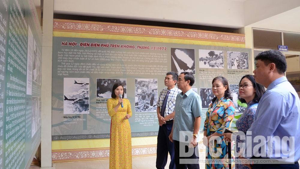 Sở Văn hóa, khai mạc, trưng bày, 50 năm Di chúc của Bác