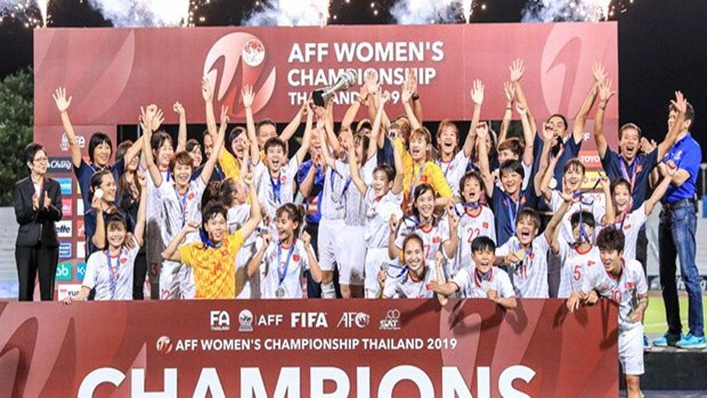 Thủ tướng Nguyễn Xuân Phúc, chúc mừng, đội tuyển bóng đá nữ Việt Nam