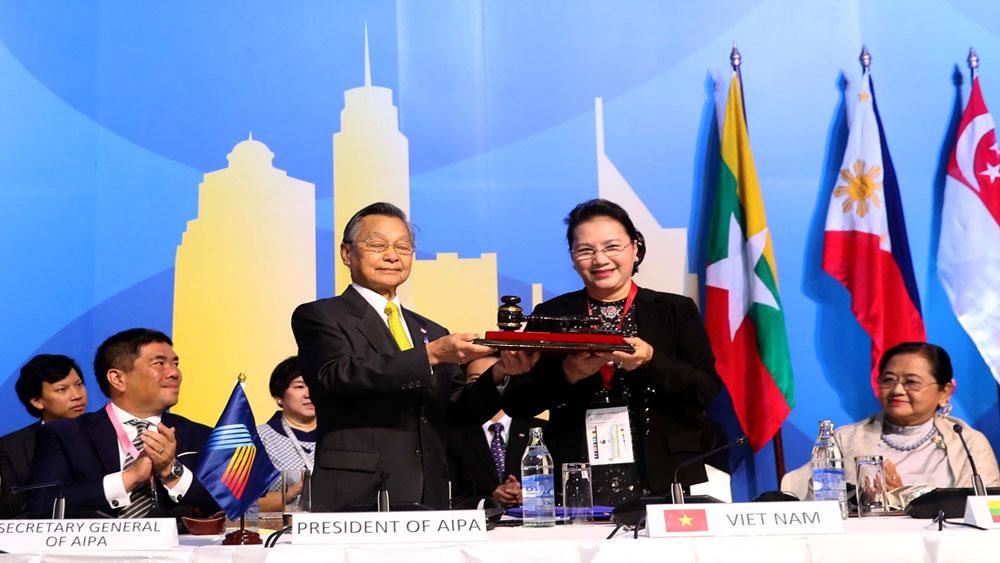 Bế mạc, Đại Hội đồng AIPA 40, Việt Nam, tiếp nhận chức, Chủ tịch luân phiên
