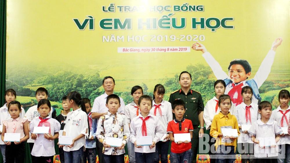 Năm học 2019-2020, Đào Xuân Cần, Hội Khuyến học tỉnh Bắc Giang, giáo dục, Sơn Động, Vì em hiếu học